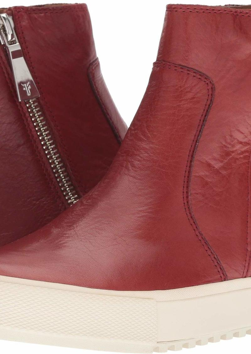 FRYE Women's GIA Lug Zip Bootie Sneaker red Clay  M US