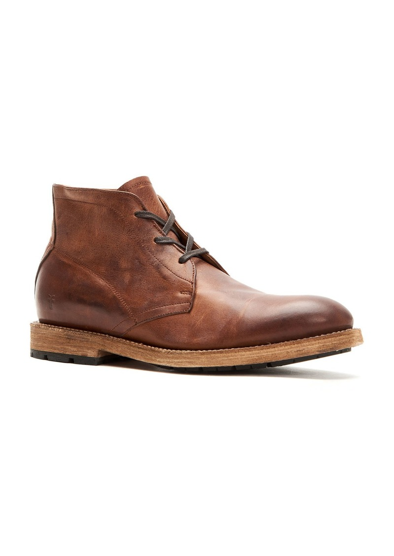 Frye Men's Bowery Leather Lace-Up Chukka Boots  Tan