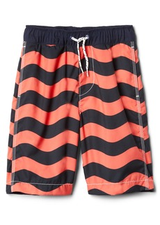 "Gap 8"" Wave Stripe Swim Trunks"