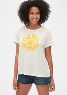 Gap Authentic Relaxed Graphic Crewneck T-Shirt