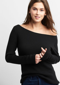 Gap Boatneck pullover sweater