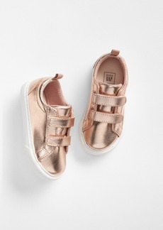 Gap Toddler Classic Strappy Sneakers