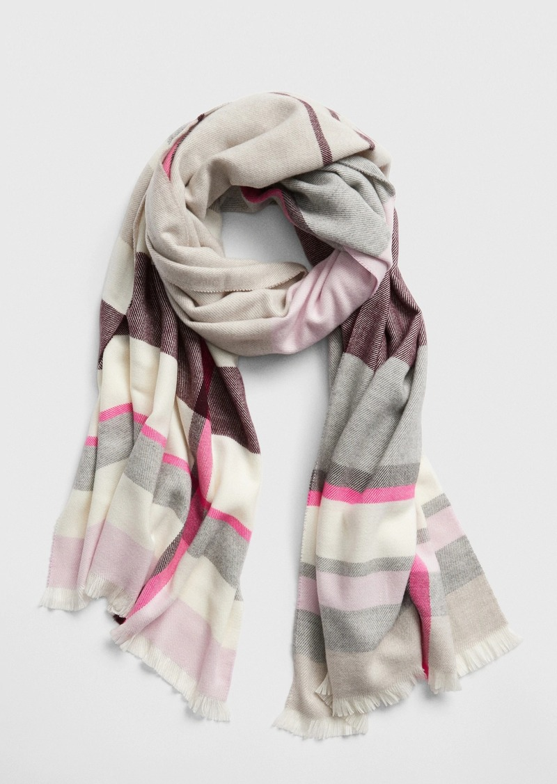 Gap Cozy Pattern Scarf