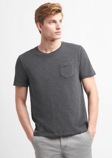 Gap Crewneck Pocket T-Shirt in Slub Cotton