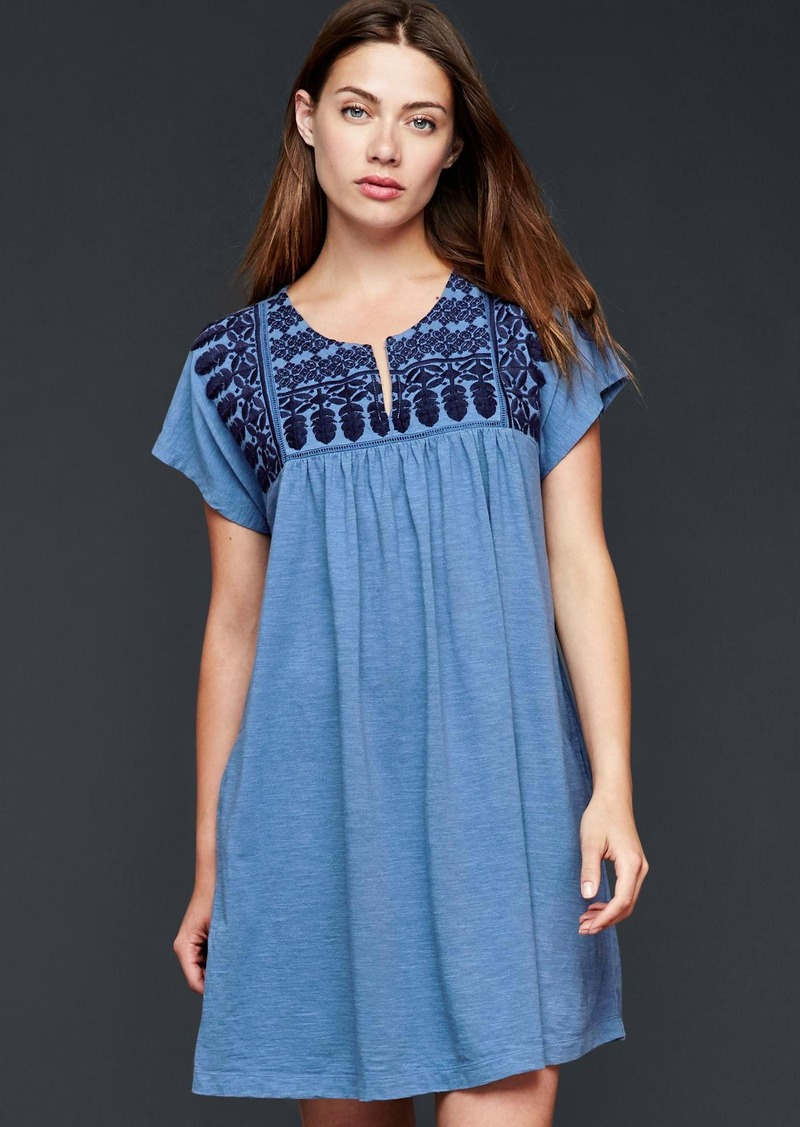 Sale gap embroidered flutter dress shop it to me