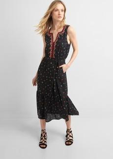 Embroidery midi tier dress