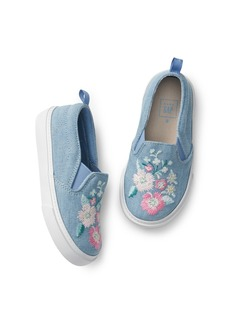 Gap Embroidery Slip-On Sneakers
