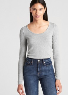 Gap Featherweight Ribbed Long Sleeve Scoopneck T-Shirt