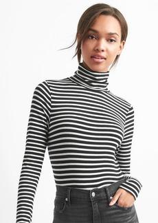 Gap Featherweight stripe turtleneck