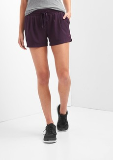 GapFit pleated shorts