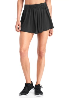 Gap gChill shorts