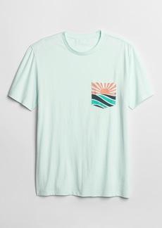 Gap Graphic Pocket T-Shirt