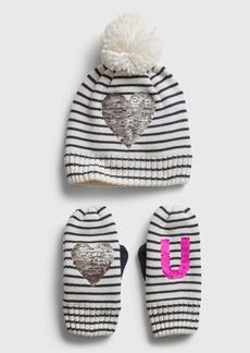 Gap Kids Heart Graphic Hat and Mitten Set