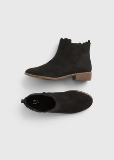 Gap Kids Scalloped Booties