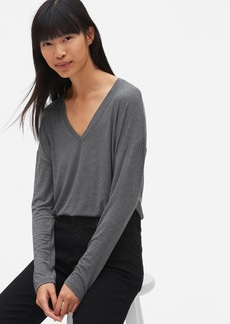 Gap Long Sleeve V-Neck T-Shirt in Luxe Jersey