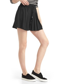Gap Satin high rise pleat shorts