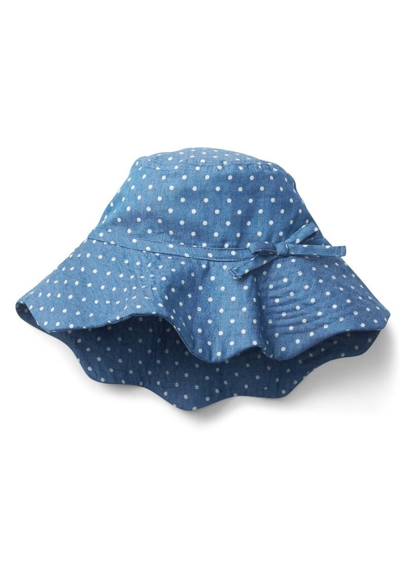 Gap Scalloped Sun Hat Now  9.99 b55783f2a11