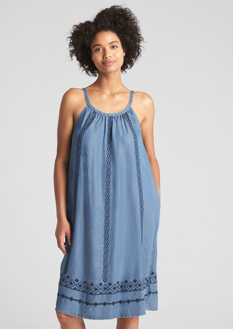 9cb2271e3d8 On Sale today! Gap Sleeveless Embroidered Midi Dress in TENCEL  153