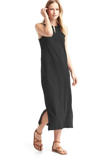Sleeveless split-neck maxi dress