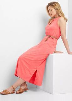 Sleeveless split-neck maxi dress