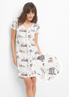Gap Slogo V-neck graphic sleep dress