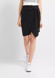Gap Softspun wrap knot skirt