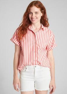 Gap Split-Back Short Sleeve Shirt in Stripe Poplin