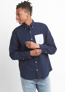 Gap Standard Fit Shirt in Oxford with Contrast Pocket