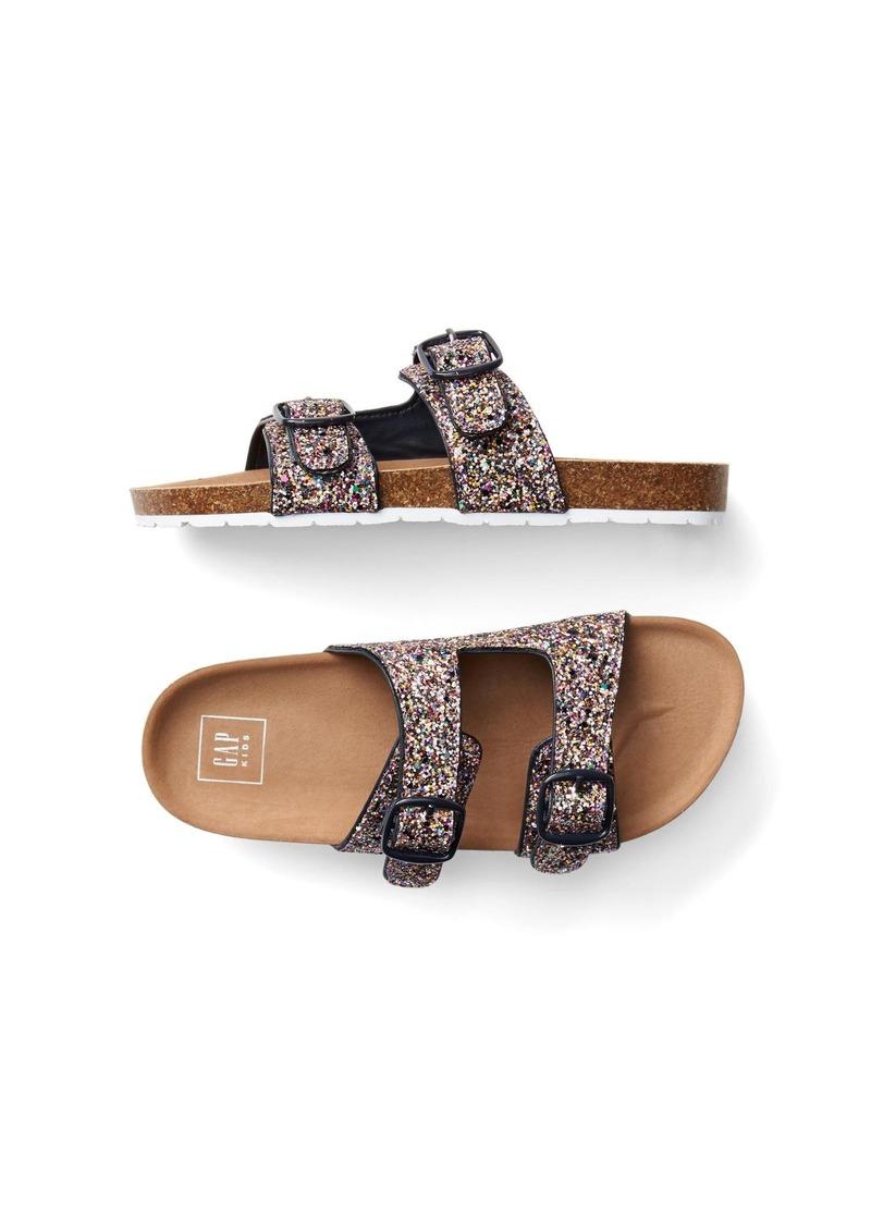 320ec530689d On Sale today! Gap Surf sandals