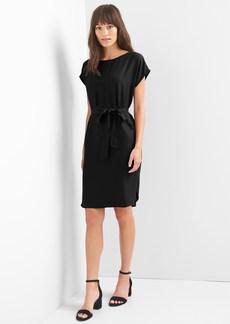 Gap Tie-belt shift dress