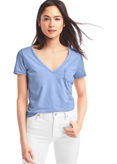 Gap Vintage wash V-neck tee