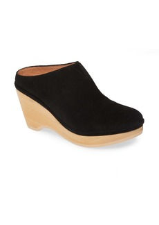 Gentle Souls by Kenneth Cole Skylar Clog (Women)