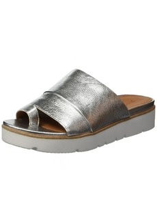 Gentle Souls by Kenneth Cole Women's Lavern Platform Slide Sandal Toe Ring Sandal silver  M US