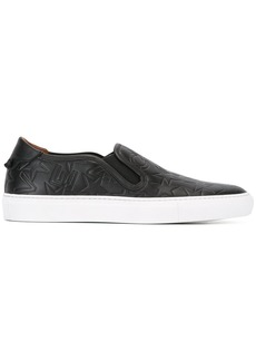 Givenchy logo embossed low skate sneakers - Black
