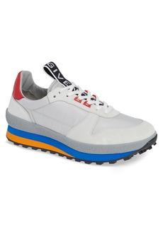 Givenchy TR3 Low Runner Sneaker (Men)