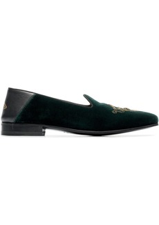 Gucci green crest embroidered velvet loafers