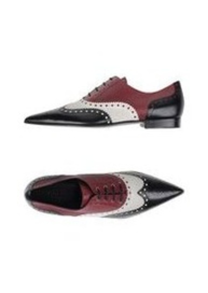 GUCCI - Laced shoes