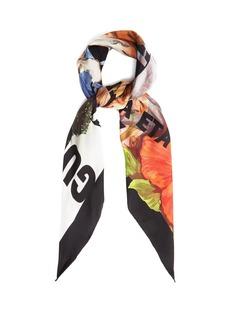 Gucci Tiger-print silk-twill scarf
