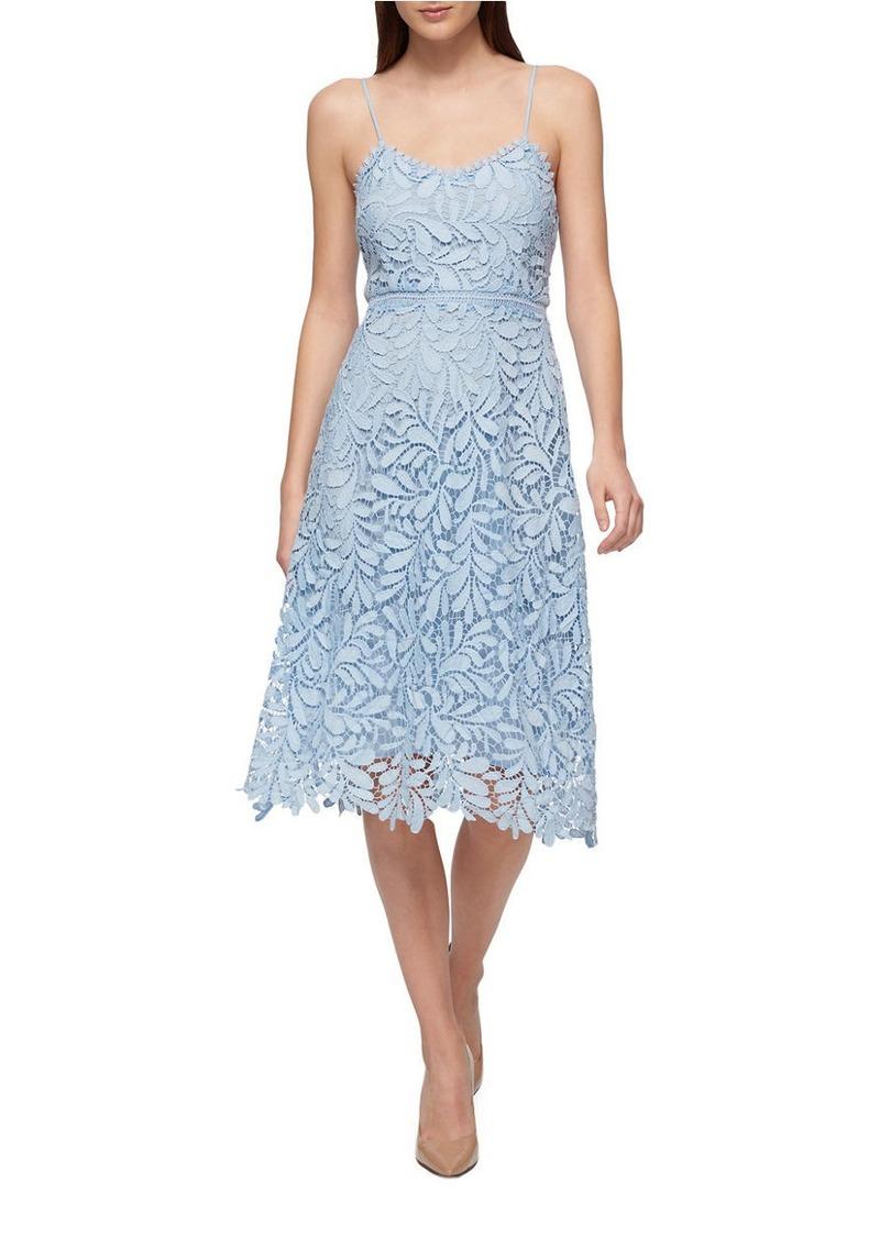 8039c4809e8 GUESS GUESS Soft V-Neck Lace Dress