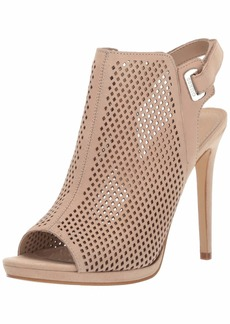 GUESS Women's Aubria Pump   M US