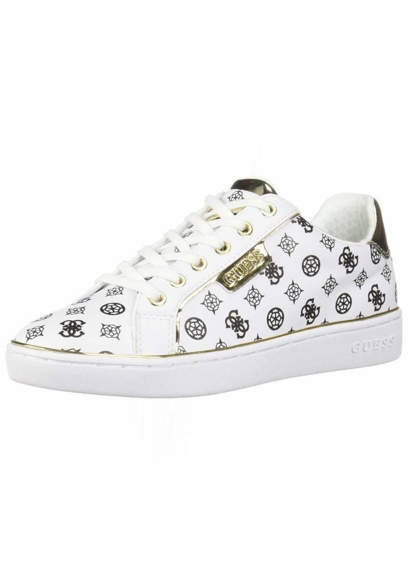 GUESS Women's BANQ Shoe   M US