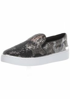 GUESS Women's Deanda Sneaker   M US