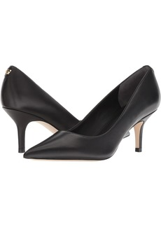 GUESS Women's Dessie Pump   M US