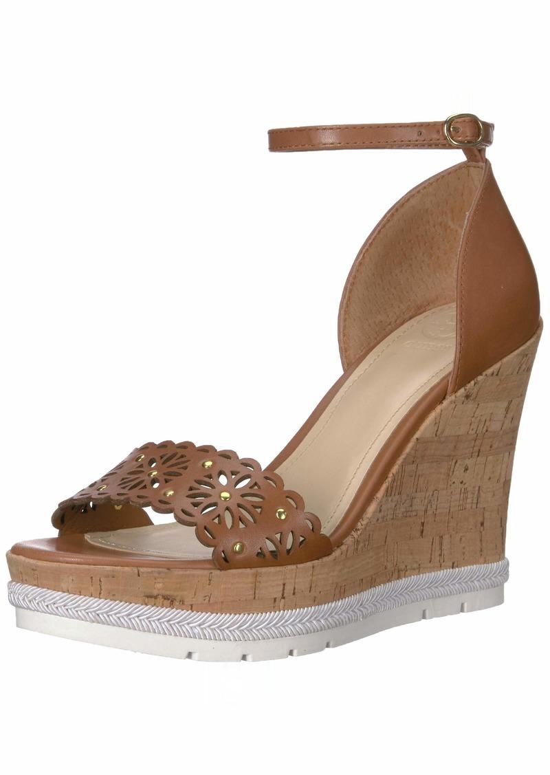 Guess Women's Devora Shoe