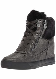 GUESS Women's Dustyn Sneaker   M US