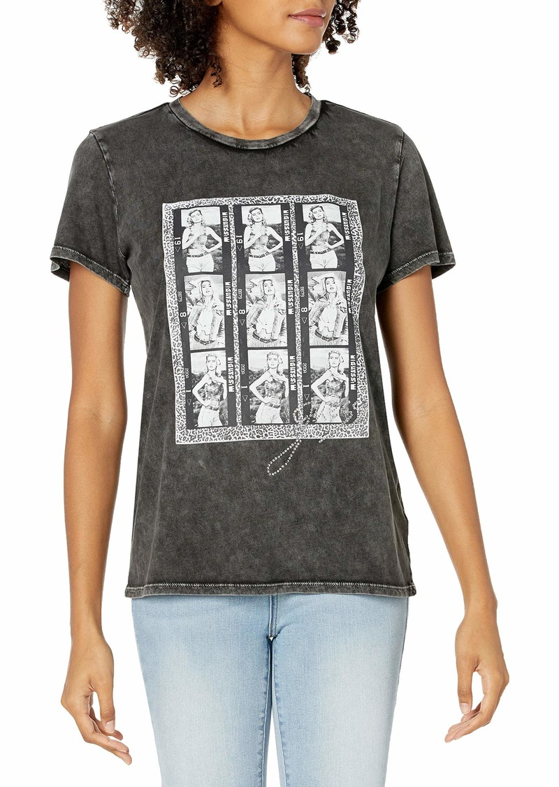 GUESS Women's Short Sleeve Model Photo Easy Tee