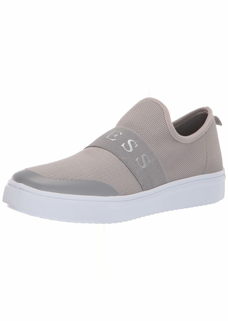 GUESS Women's Some Sneaker   M US