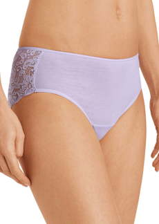 Hanro Luxury Moments Lace Back Briefs