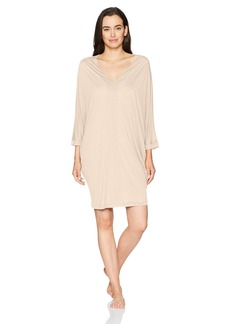 HANRO Women's Leonie 3/4 Sleeve Gown