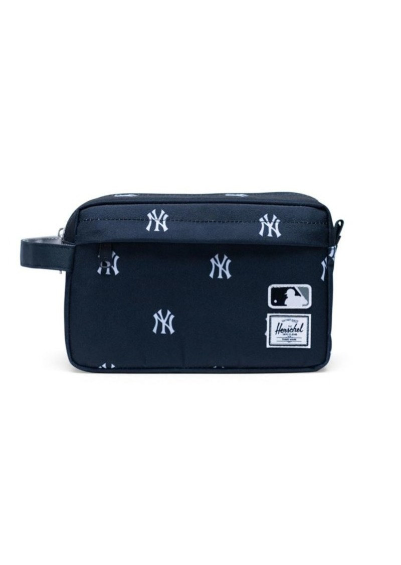 Herschel Supply Co. Major League Baseball NYY Outfield Chapter Travel Kit
